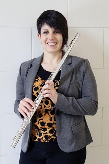 sara-schuhardt-flute-white